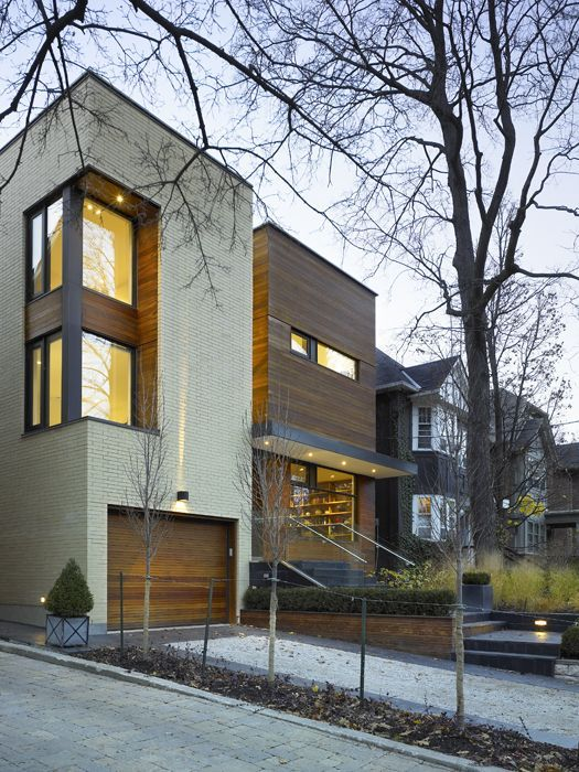 The SPLIT House in Toronto, Canada by Superkül Architects - Exterior View