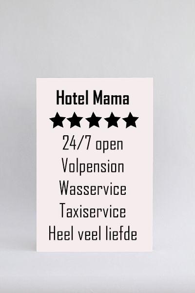 Tekstbord Hotel Mama. Tekstbord voor alle moeders. Ook een geweldig cadeau! Oneindige liefde en een geweldige service. Zelf samenstellen!
