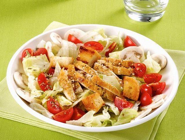 Салат с курицей
