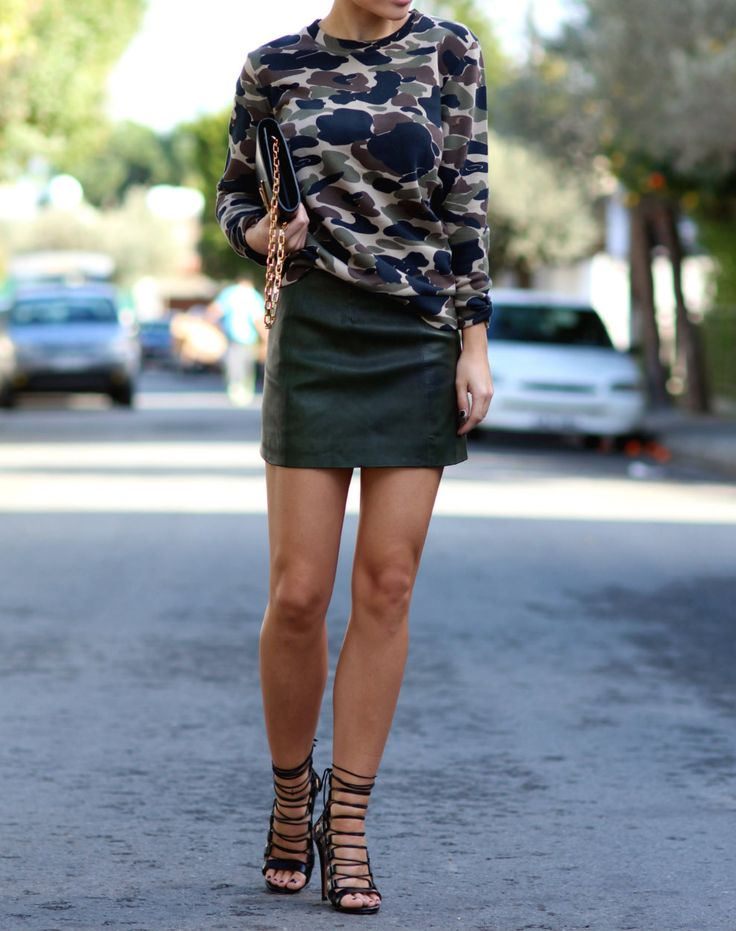 Skirt/AllSaints Sweater/Carhartt Heels/Aquazzura Bag/Louis Vuitton (it´s actually called Louise) Sunnies/Céline