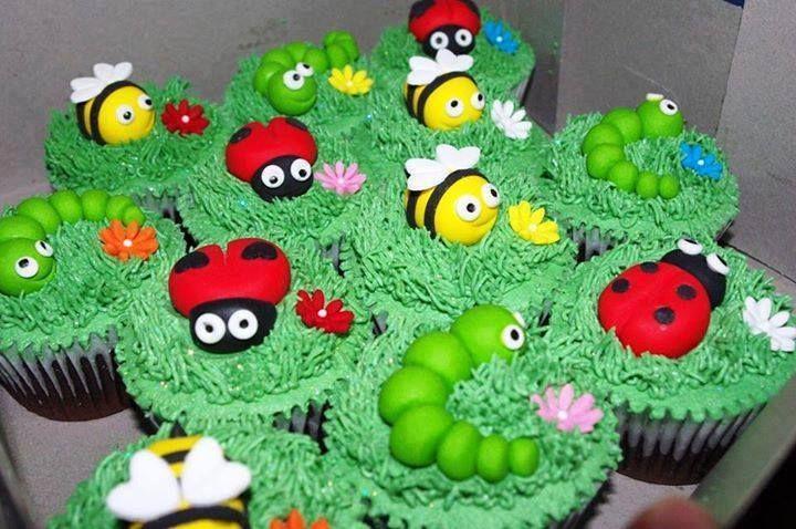 cupcakes versieren verjaardagstaarten pinterest cupcake. Black Bedroom Furniture Sets. Home Design Ideas