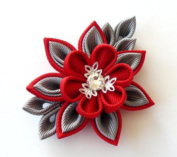 Ramo de novia hecho a mano. Broche de flor gris rojo gris por JuLVa