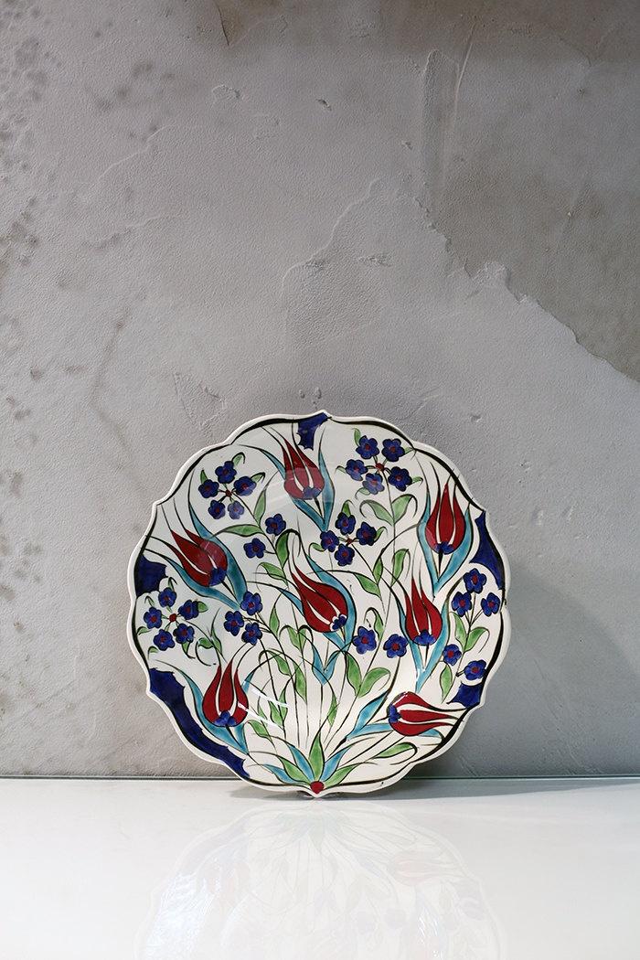 22cm Handmade traditional Anatolian ceramic decorative plate. $36.00, via Etsy.