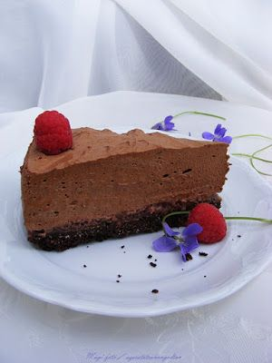 szeretetrehangoltan: Csokoládéhab (mousse) torta málnával