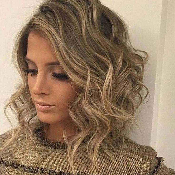 #repost  #wavybob #ombre #hilights  #verypopular #ghdaustralia #keunelovers #lob #hair #hairdresser #short #blonde #balayagehighlights  #bondi #bondilife #bondibeachsydney #keune #keunecolor #salon #headoffice #bondijunction #bbloggers #hairlovers #easternsubarbs by headoffice_hair http://ift.tt/1KBxVYg