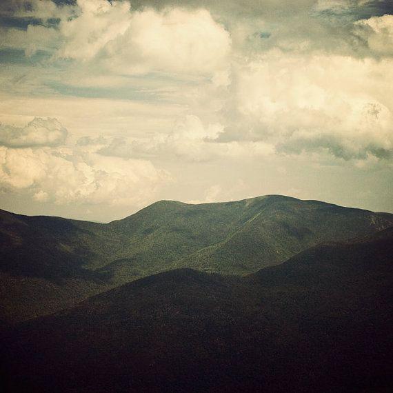 Fotografía del paisaje  dilo en la montaña por EyePoetryPhotography, $30.00