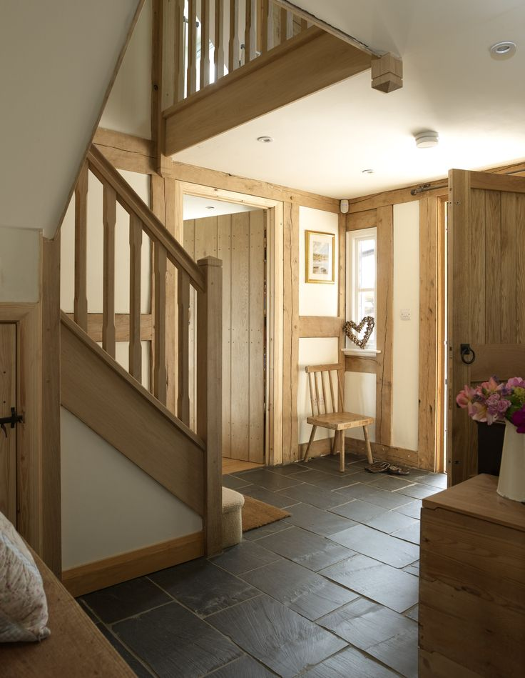 entrance hallway, large oak front door and oak staircase