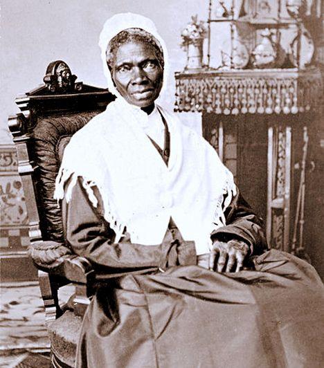 Sojourner Truth (1797-1883) Az 1843-ban rabszolgának született Truth egész életében a feketék és a nők jogaiért küzdött. Az első fekete nő volt, aki bírósági pert nyert egy fehér férfi ellen, később pedig híres beszédeivel szállt síkra a nők, különösen a fekete nők elnyomása ellen.