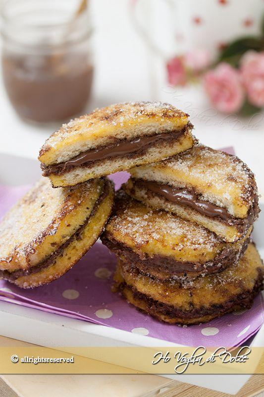 French toast alla Nutella dolcetti golosi con pane raffermo che si preparano in 5 minuti. Ricetta facile e veloce che piace a tutti, vanno a ruba.