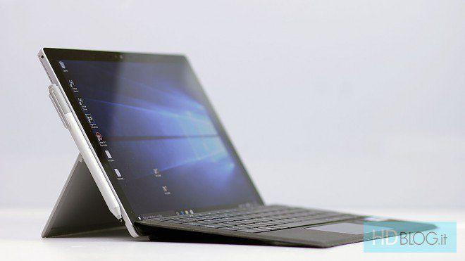 Il Surface Pro 5 di Microsoft previsto nel primo trimestre del prossimo anno http://www.sapereweb.it/il-surface-pro-5-di-microsoft-previsto-nel-primo-trimestre-del-prossimo-anno/  Surface Pro 5 C'è sicuramente molta attesa per il Surface Pro 5 che, secondo indiscrezioni, dovrebbe essere lanciato da Microsoft nel corso del primo trimestre del prossimo anno.    (adsbygoogle = window.adsbygoogle || []).push();       (adsbygoogle = window.adsbygoogle || []...