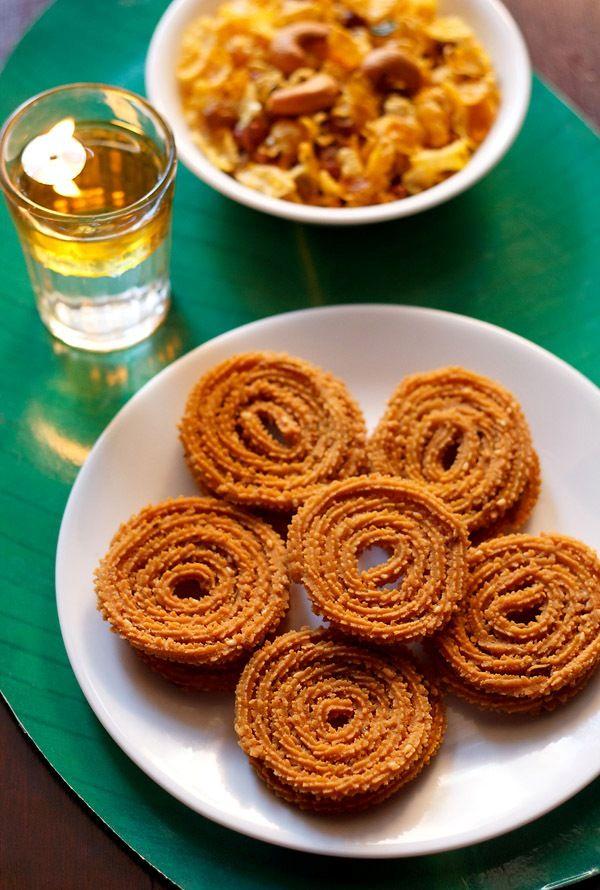 instant chakli recipe - crisp and crunchy chaklis for diwali. chakli or chakri are made as a part of the diwali faraal (diwali snacks & sweets) in maharashtra and gujarat.