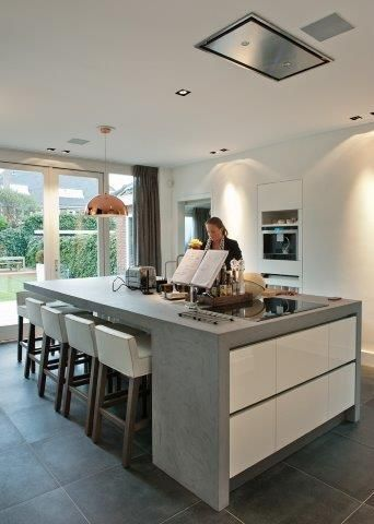 Kitchen island with seating. ? waterfall