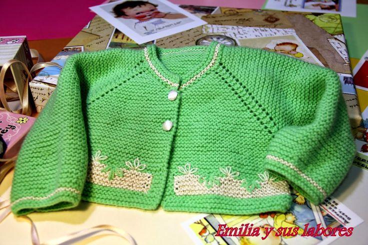 Chaqueta bebé tres meses      Una chaqueta para un bebé más crecidito, aunque no por eso menos fá...