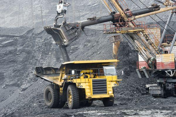 2017年石炭・鉄鉱石市場の展望 #石炭 #鉄鉱石 #コモディティ