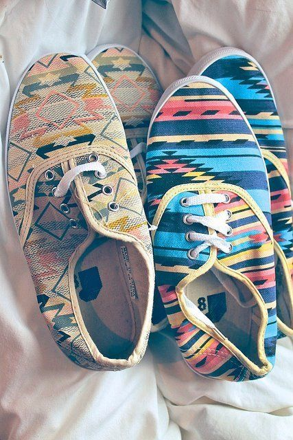 shoes: Urban Outfitters, Crazy Shoes, Funky Shoes, Tribal Shoes, Summer Shoes, Fashion Sho, Aztec Shoes, Tribal Prints, Tribal Patterns