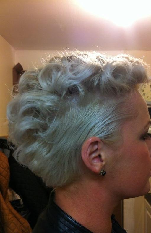 Short Curls Upstyles By Us Pinterest Short Curls Short Hair And Hair Art