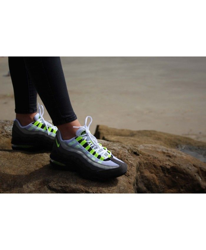 low priced 9d40b 0b6a2 Nike Air Max 95 Junior White Black Grey Yellow Trainers ...