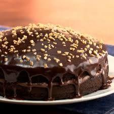 Doğum günü pastalarına taş çıkartacak şık ve lezzetli bir pasta tarifi Pudingli Yaş Pasta Tarifi