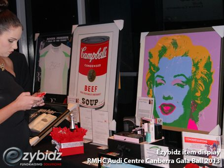 How Many Items Do You Need For Your Fundraising Auction? Ezybidz fundraising auction item display