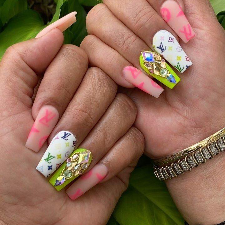 Summernails Hashtag On Instagram Photos And Videos In 2020 Nail Art Summer Summer Nails Nail Art