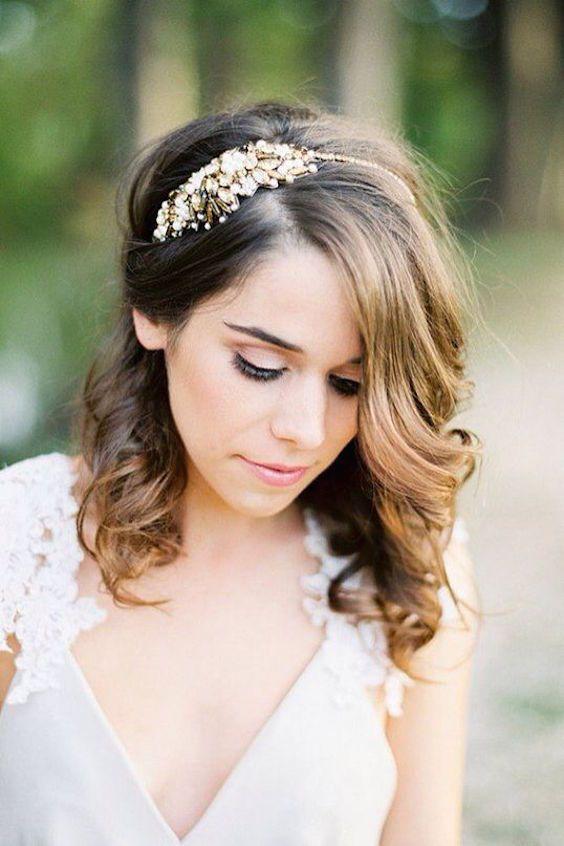 Peinados de novia perfectos para cabellos cortos o largos.