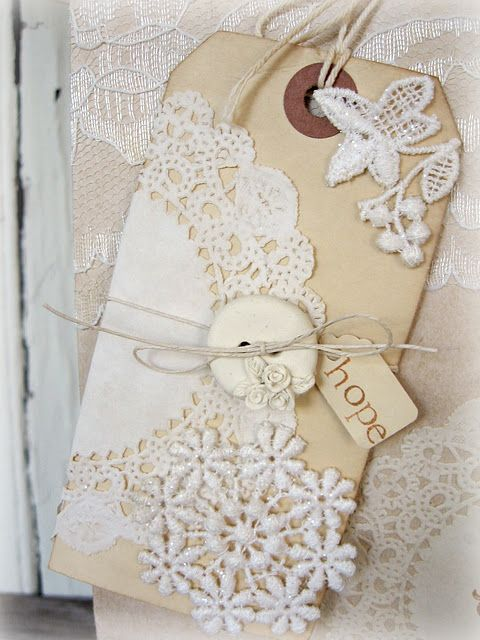 <3Shabby Fun, Ideas, Paper Doilies, Shabby Chic, Christmas Tag, Gift Tags, Lace Tags, Beautiful Tags, Cards