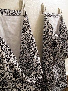 make your own laundry bags: Pillows Cases, The Doors, Bathroom Hampers Ideas, Laundry Beautiful, Laundry Bags, Honeybear Lane, Laundry Rooms, Laundry Baskets, Hanging Laundry