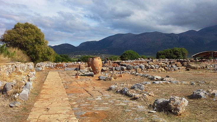 Malia Minoan Palace #minoan #civilization #arcaeological #site #Malia #Crete #cretazine http://cretazine.com/en/crete/travel-explore/presentations/item/2568-minoan-palace-of-malia