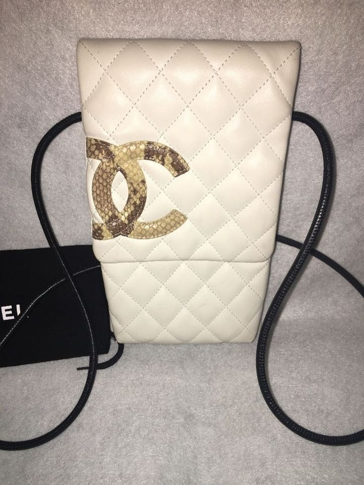 Autoriz. Chanel. logotipo Branco Couro Acolchoado tiracolo   Roupas, calçados e acessórios, Bolsas e sacolas femininas, Bolsas   eBay!
