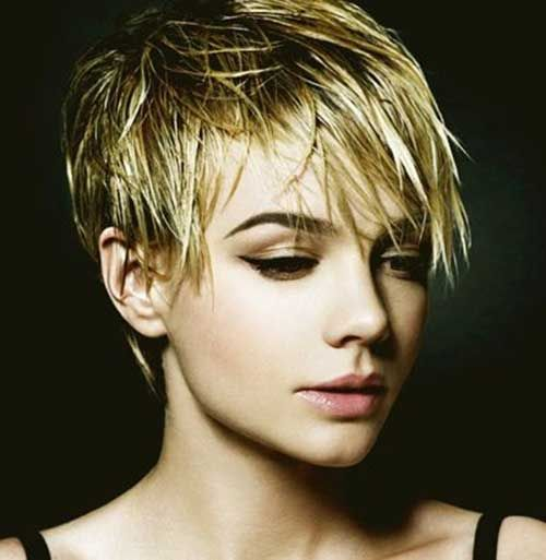 Pixie with Long Shaggy Bangs (I would have to use SO much product to keep it straight though)   15 Shaggy Pixie Haircuts