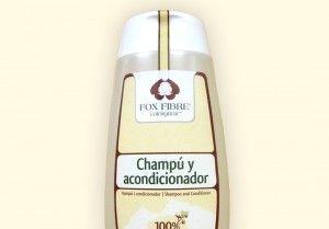 CHAMPÚ Y ACONDICIONADOR. El champú y acondicionador Fox Fibre® aporta un máximo de ingredientes naturales y nutritivos al cabello. Protege, fortalece las fibras, mantiene la humedad, aumenta el brillo natural y suaviza el cabello para facilitar el peinado después del lavado.