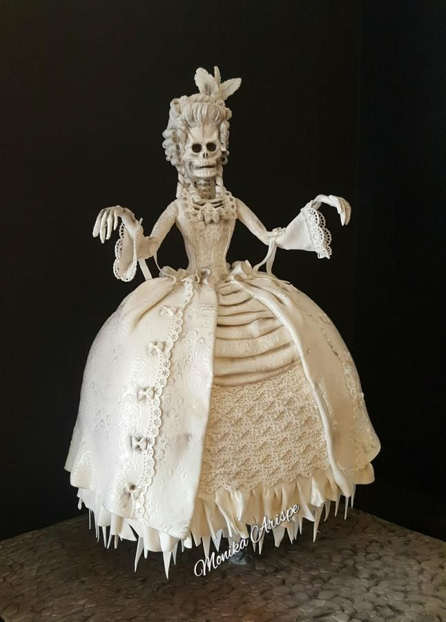 Flying Ghost Halloween Cake - Cake by Monika Arispe