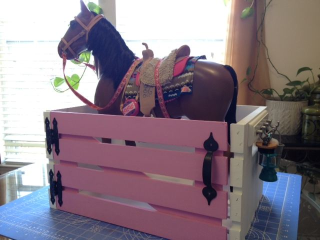 DIY American Girl Horse Stable for Under $20!  Camis Craft Corner - Dolls | Crafts | Ideas | Projects
