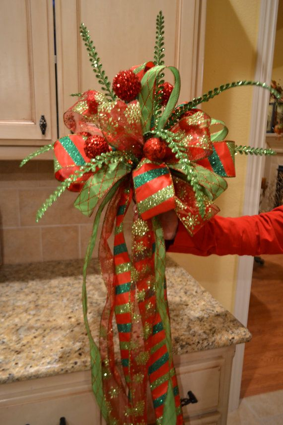 red and green striped ribon tree topper tree toppers green trees and christmas ideas. Black Bedroom Furniture Sets. Home Design Ideas