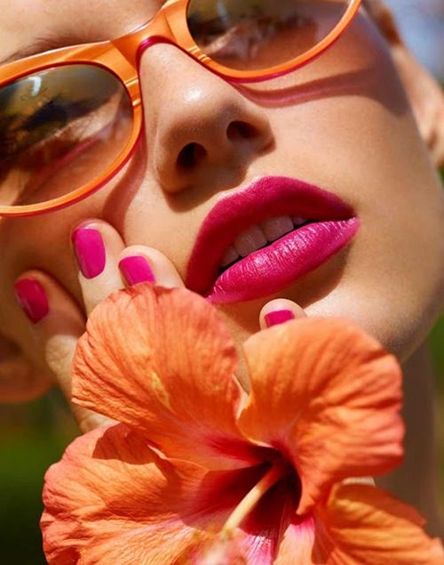 <3<3: Orange, Colors Combos, Spring Flowers, Pink Lips, Hot Pink, Nails, Summer Colors, Sunglasses, Bright Colors