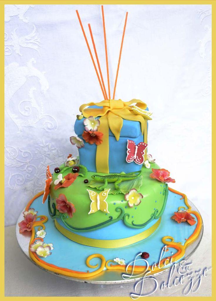 torta di compleanno per un piccolo amante della natura