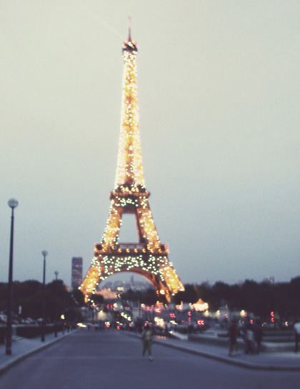 .: Tours Eiffel, A Kiss, Every Girls, Paris Eiffel Towers, Dreams Vacations, Paris France, The Cities, France Paris, France Francai