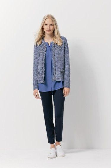 On réchauffe un tenue d'été avec une petite veste en tweed Barbara Lebek - Collection printemps / été 2017. A retrouver dans notre boutique New Capucine à Vesoul.
