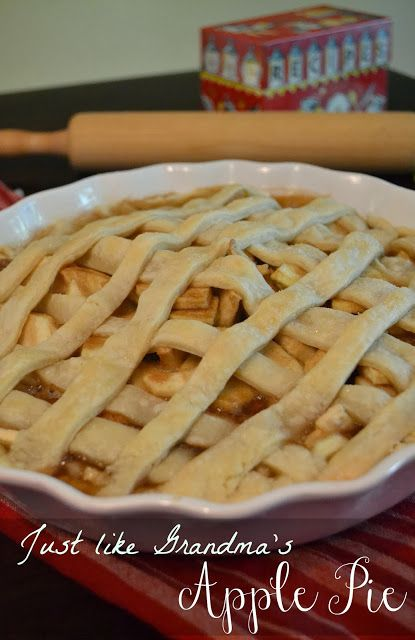 Easy from scratch apple pie with fresh apples!