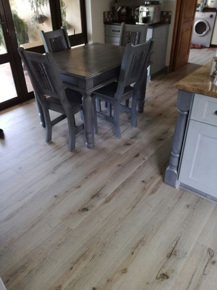 12mms back forest laminate flooring