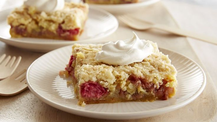 Rhubarb in your garden? Turn it and four other ingredients into a delicious warm-from-the-oven dessert.