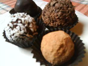 Ya no compres más trufas, prepáralas tu mismo con esta receta de trufas de chocolate que tienen un toque de ron que las hace exquisitas.