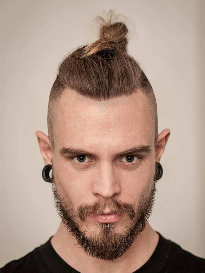 Best 25 man bun undercut ideas on pinterest man bun - Coupe undercut homme ...