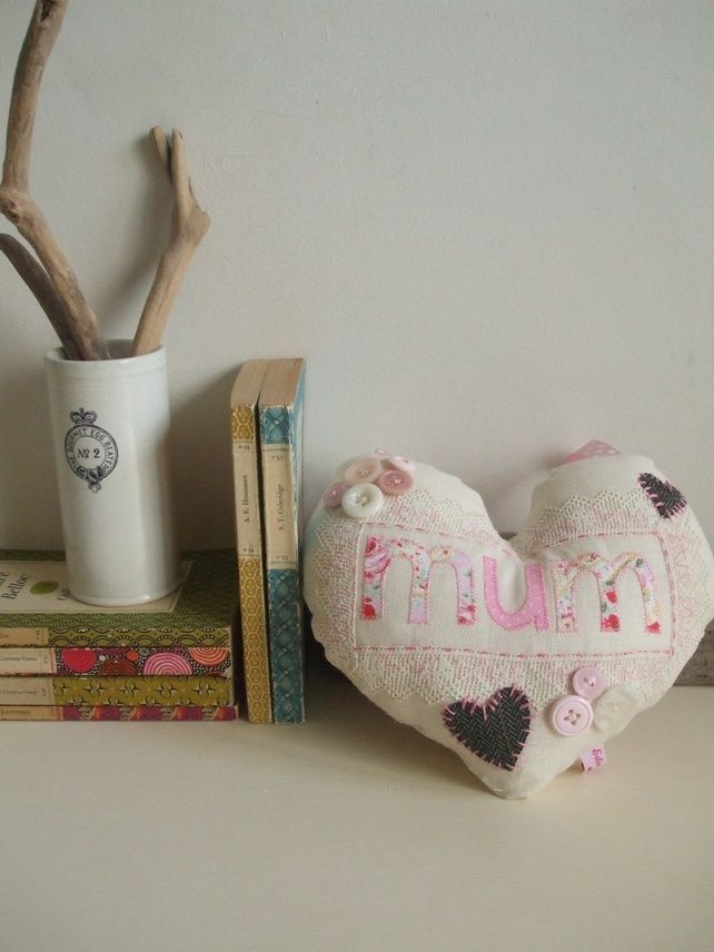 Giant hanging heart - Mum - Mother's Day £25.00
