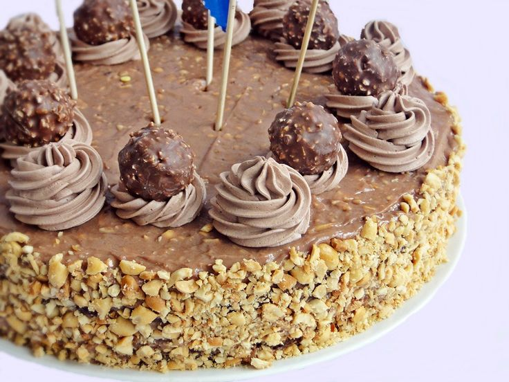 Reteta Tort Ferrero Rocher - Torturi
