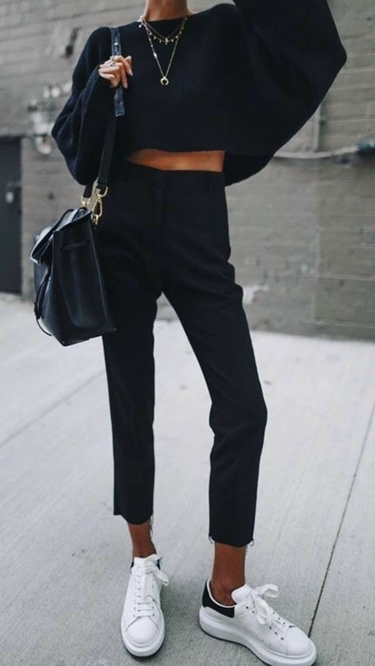 All black outfit, fall weather outfits, sweater weather, comfortable winter outf…