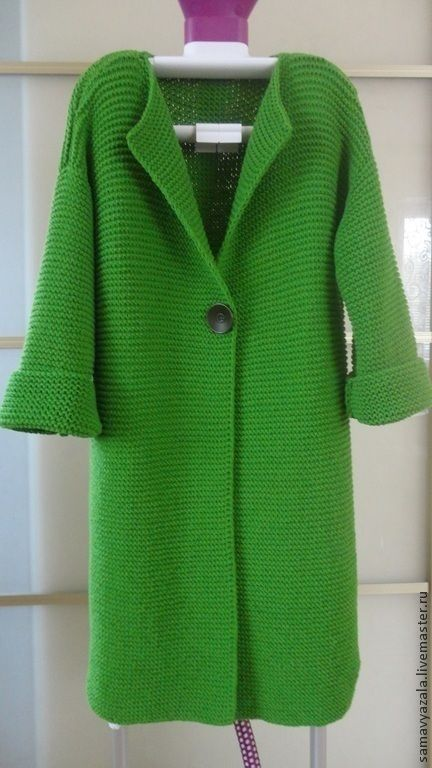 Gorgeous grass green knit coat in garter stitch w/ 1 button - inspo (hva)