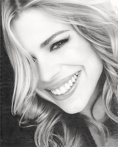 Billie Piper is brilliant.