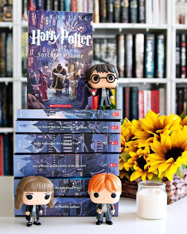 Happy Birthday Harry Potter!! --- To be quite honest I was very late jumping in the Harry Potter bandwagon as I only read the series all the way through just last year but I love this series SO MUCH.  I'm reading the books again this year in audiobook format this time around and I have a feeling that I'll be re-reading this series every year from now on.  ---  How many times have you read the Harry Potter series??  What is your most favorite book in the series?? --- #harrypotter…