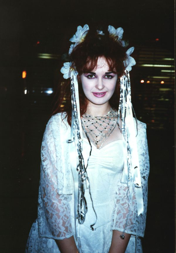 Strawberry Switchblade - oh, what a beauty!